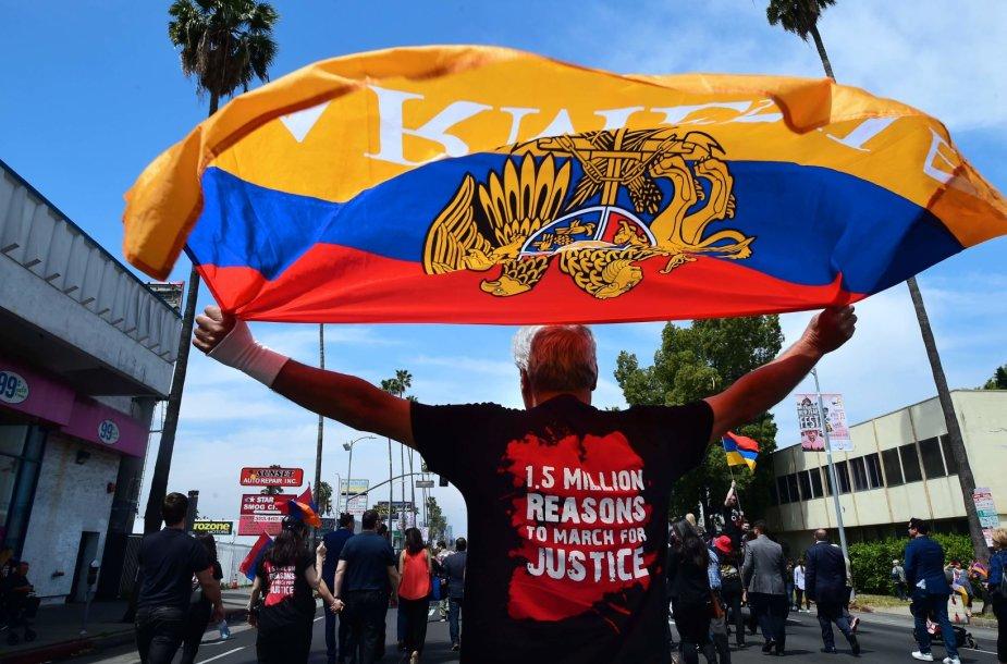 Armėnijoje tęsiasi protestai