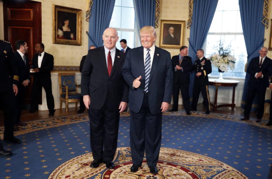 Josephas Clancy su JAV prezidentu Donaldu Trumpu