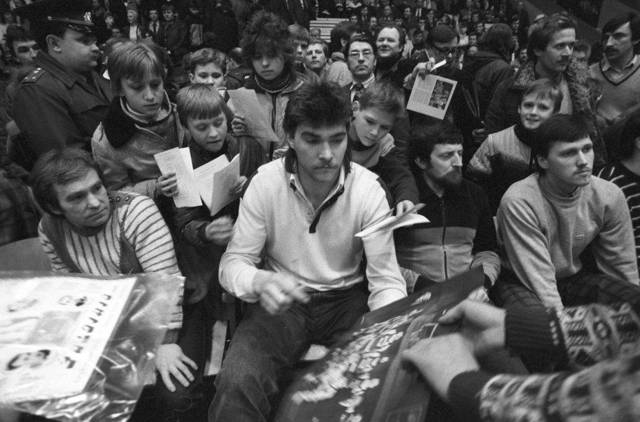 Arvydas Sabonis 1987-aisiais reabilitacijos metu