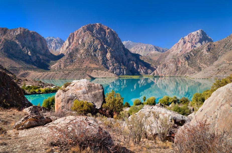 Iskanderkulio ežeras, Fanų kalnai, Tadžikija