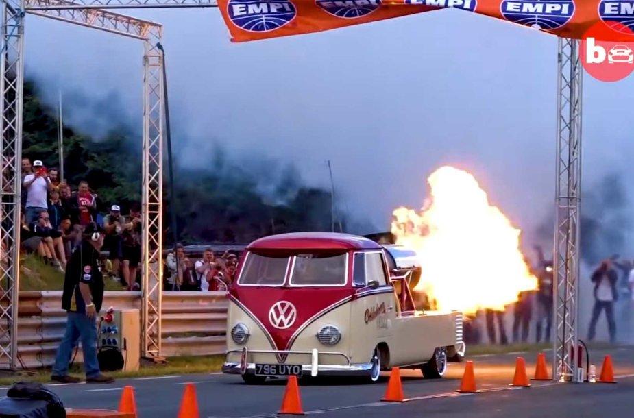 """""""Volkswagen"""" autobusiukas"""