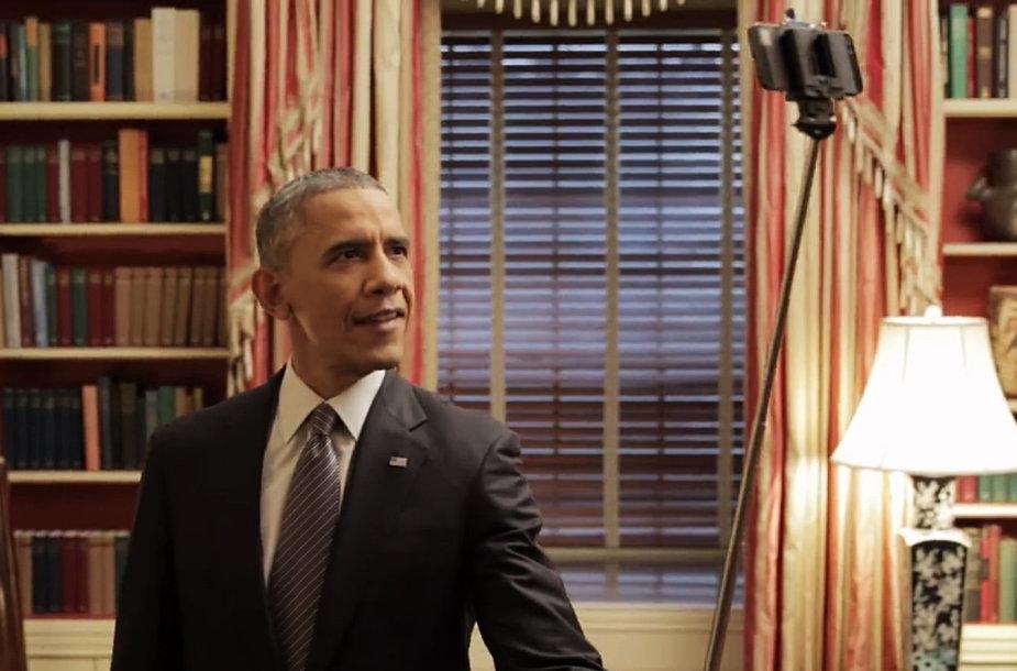 JAV prezidentas Barackas Obama darosi asmeninukę