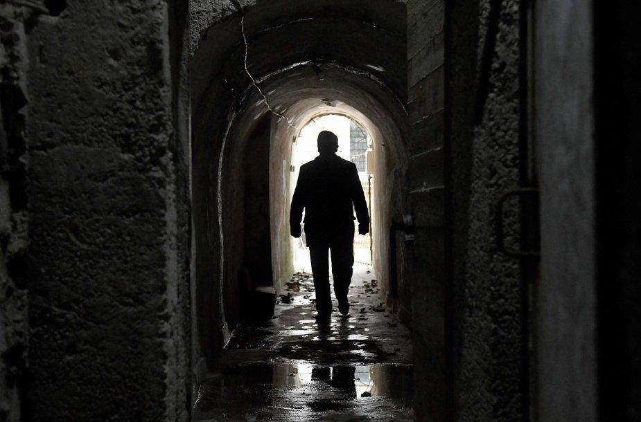 Komunistų laikų tuneliai Albanijoje traukia turistus
