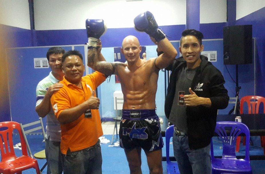 Sigitas Gaižauskas švenčia dar vieną pergalę Tailande