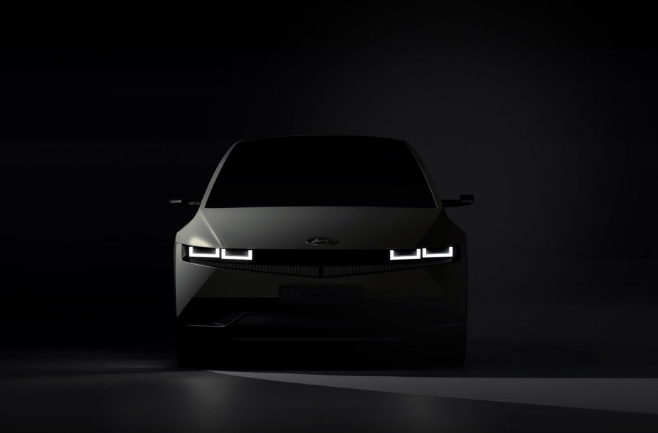 """""""Hyundai Ioniq 5"""""""