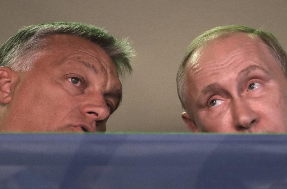 Vengrijos premjeras Viktoras Orbanas ir Rusijos prezidentas Vladimiras Putinas
