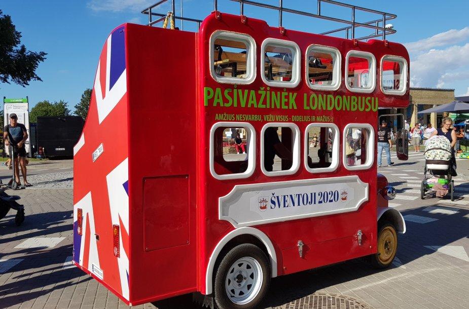 Londonbusas Šventojoje