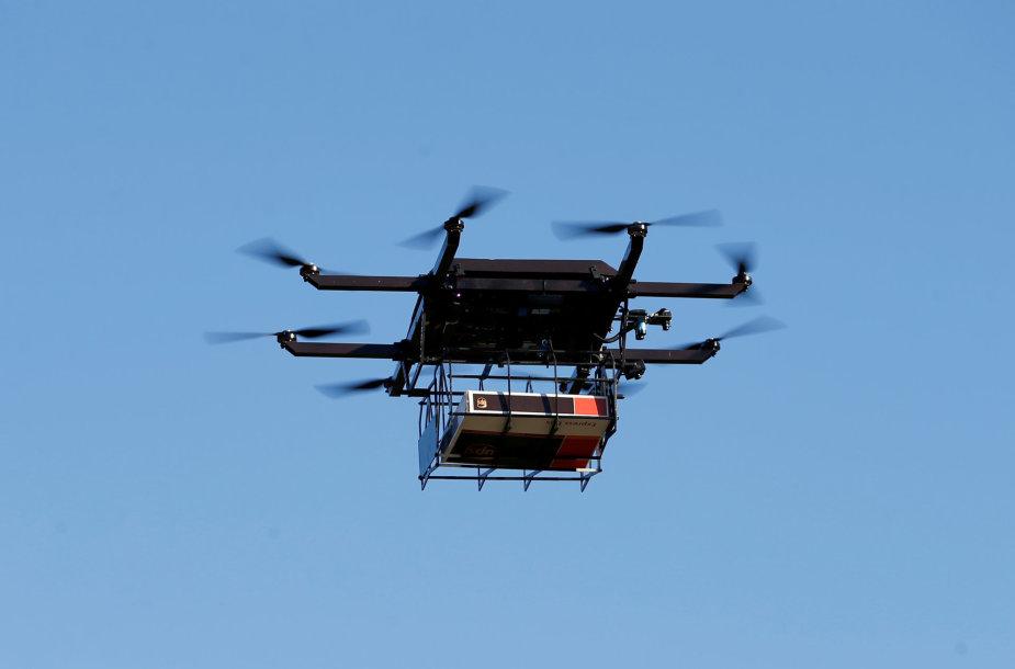 Tai yra demonstracinis prekių pristatymo dronas, pagamintas UPS