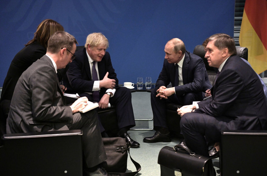 Boriso Johnsono ir Vladimiro Putino pokalbis