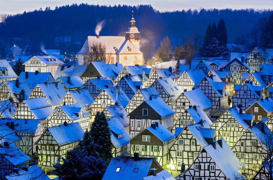 Žiema Froidenbergo miestelyje