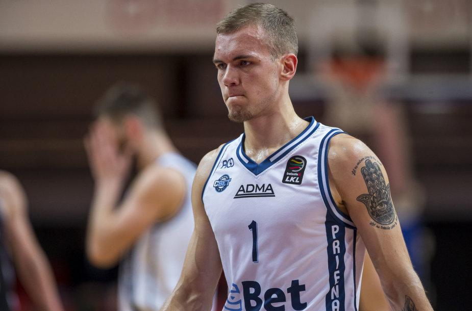 Arnas Velička