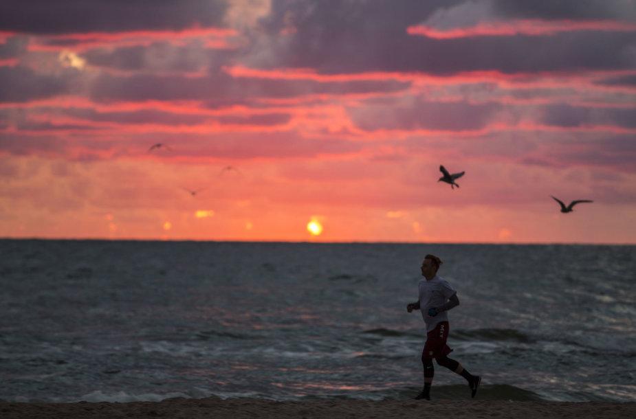 Įspūdingas saulėlydis Palangoje