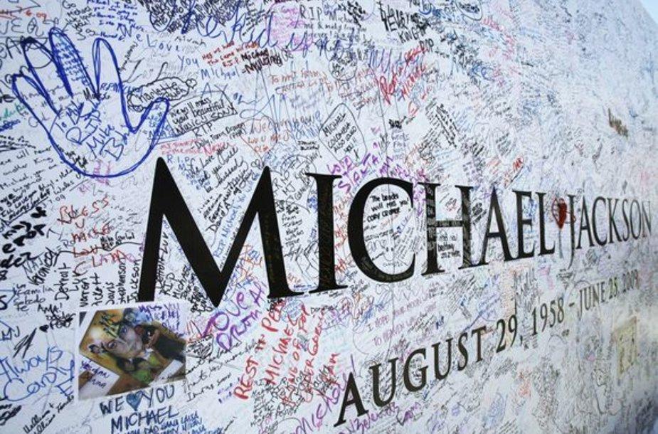 Aprašynėtas Michaelo Jacksono plakatas