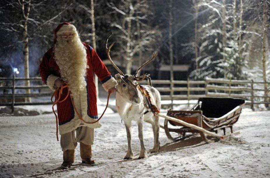 Kalėdų Senelis su savo elniu