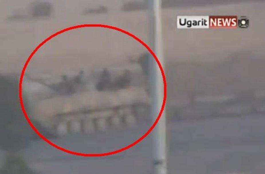 Sirijos tankai Hamos mieste