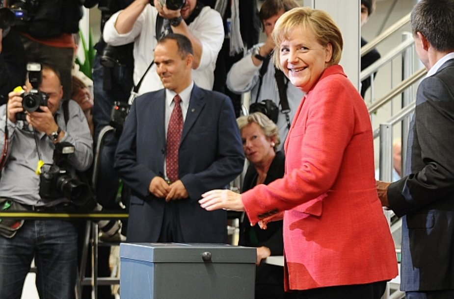 Balsuoja Angela Merkel