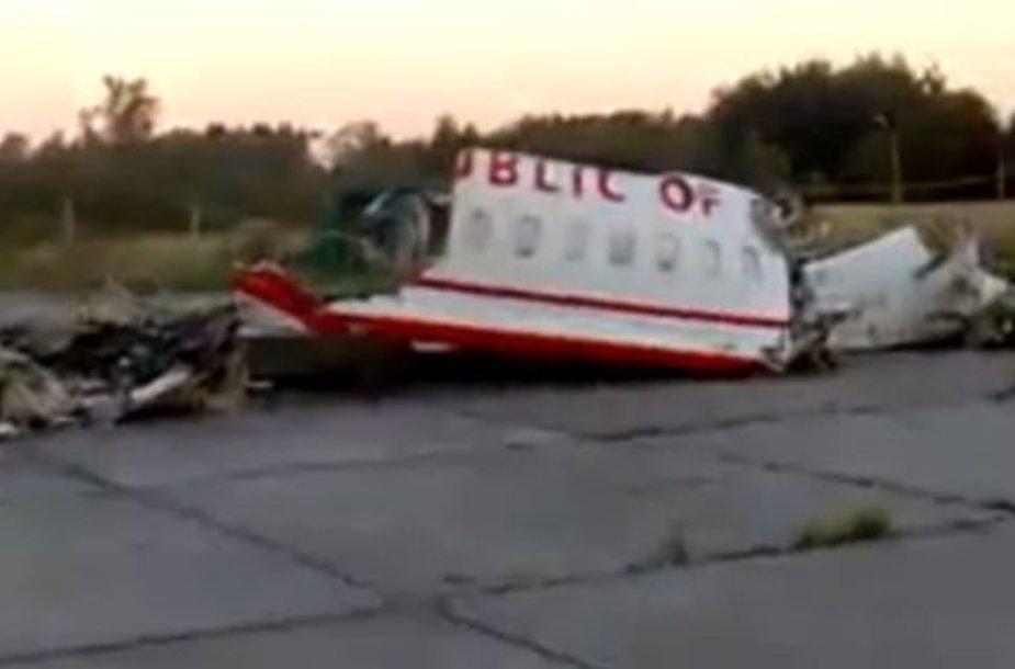 Lenkijos prezidento lėktuvo nuolaužos