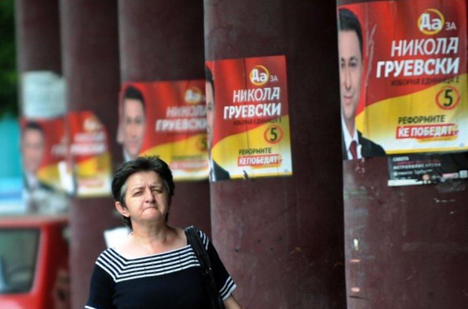 Rinkimų agitacija Skopjės gatvėje