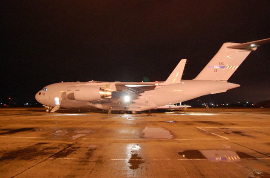 NATO transportinis lėktuvas C-17