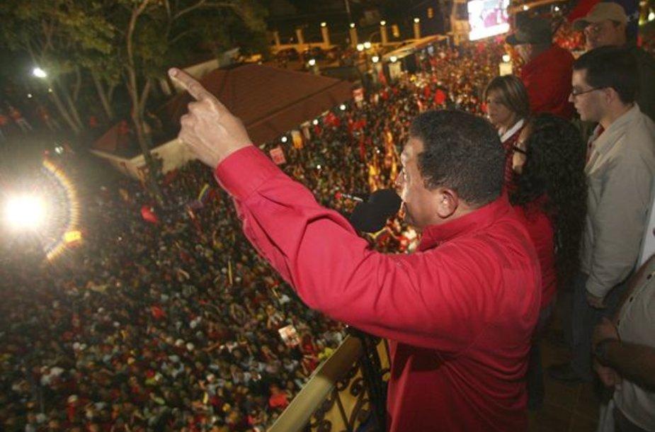 Hugo Chavezzas sekmadienį laimėjo didesnę pergalę negu pranašavo išankstinės apklausos.
