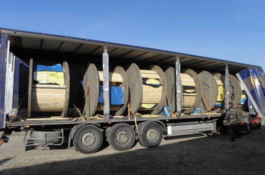 Pagal Lietuvoje galiojančią muitinio vertinimo metodiką krovinio vertė siekia beveik 800 tūkst. litų.