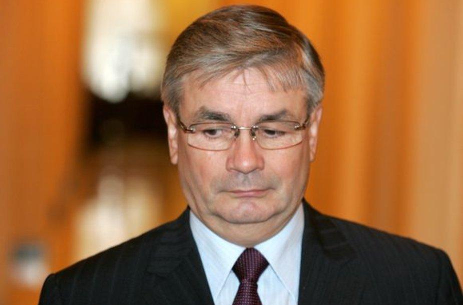 J.Prapiestis neatmeta, kad AT teisėjas B.Stakauskas galėjo susilaukti grasinimų dėl vienos jo nagrinėtos bylos.