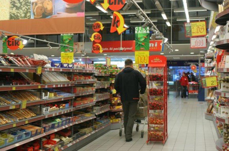 Pardavėjai pripažįsta, kad taupantys pirkėjai daro įtaką ne tik prekių kainai, bet ir jų asortimentui.