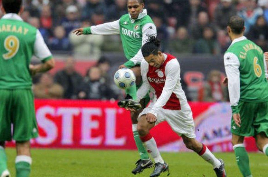 """""""Ajax"""" bei """"Fayenord"""" futbolininkai žais, o sirgaliai išskiriami 5 metams"""