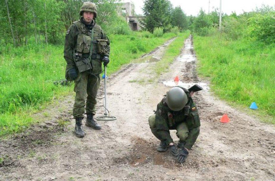 Juozo Vitkaus inžinerijos bataliono kariai
