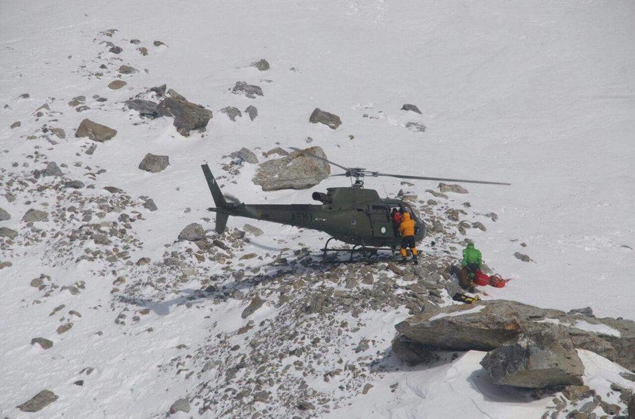 Gelbėjami alpinistai