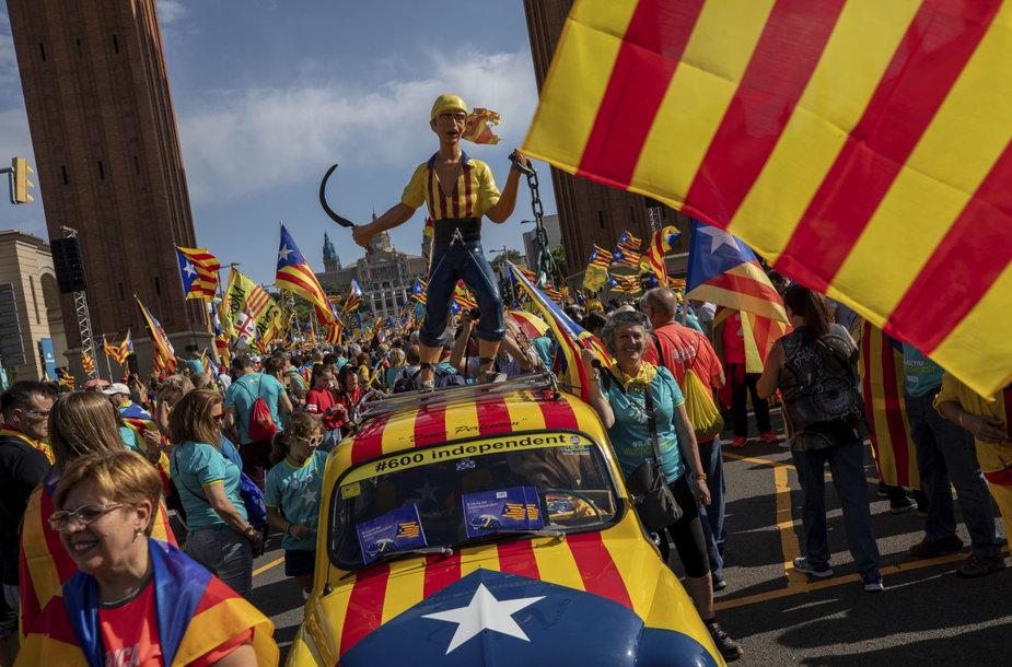 Barselonoje per kasmetinį mitingą į gatves išėjo daug mažiau žmonių.