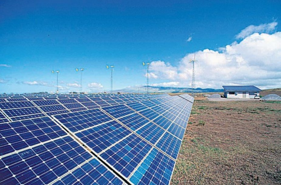 Saulės energija jau sėkmingai plėtojama Lenkijoje, o Italijoje, Ispanijoje, Prancūzijoje tai jau gana seniai teisiškai reglamentuota ir sparčiai plėtojama energetikos sritis.