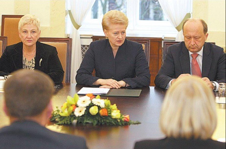 I.Degutienę, D.Grybauskaitę ir A.Kubilių Lietuvos žmonės vertina skirtingai.