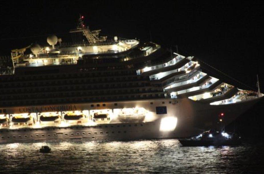 """Kruizinio laivo """"Costa Concordia"""" tragedija"""