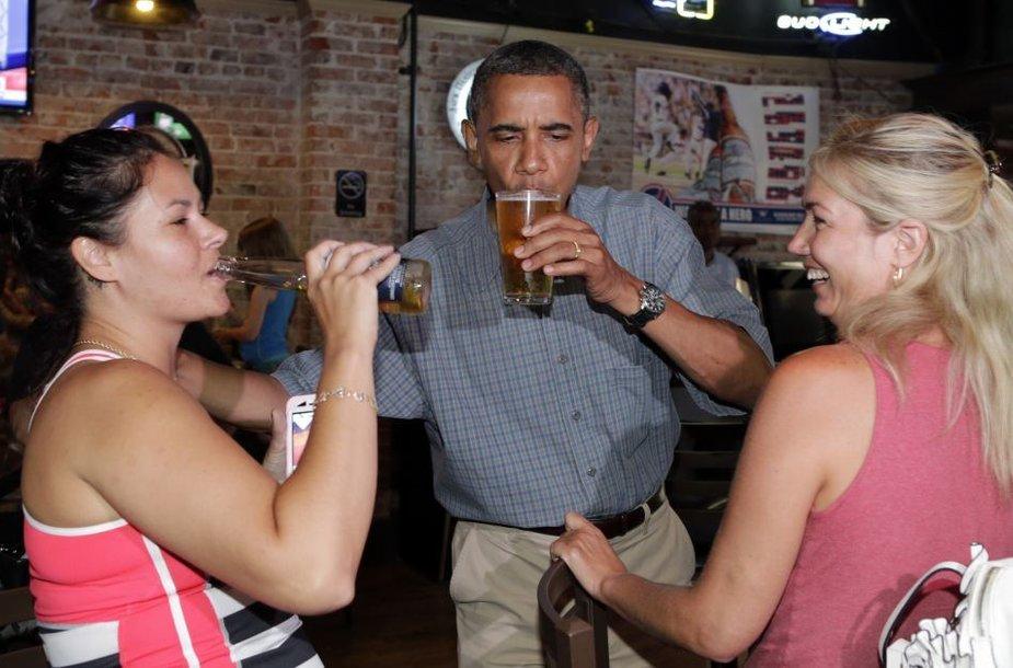 Barackas Obama mėgsta alų