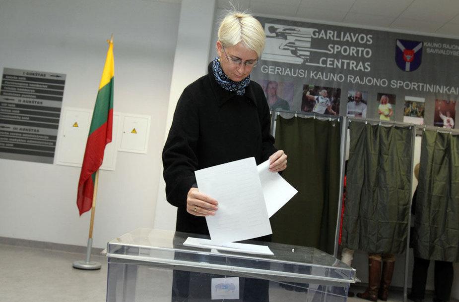 Garliavoje balsavo Neringa Venckienė