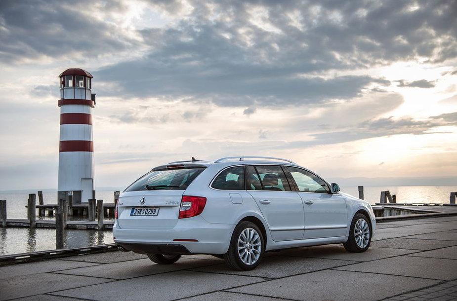 """Atnaujinto antrosios kartos """"Škoda Superb"""" modelio pristatymas Vienoje"""