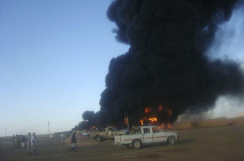 Diversija Jemeno naftotekyje