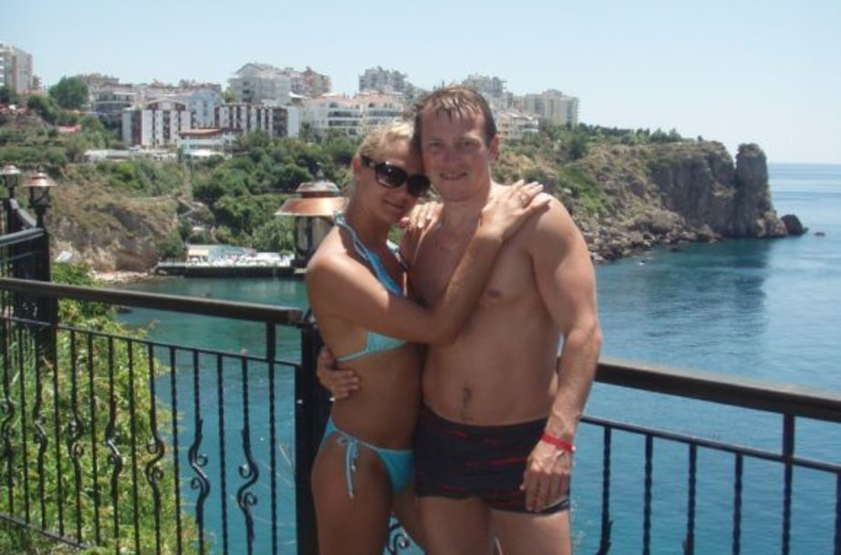 Bikini porelė. Jevgenijus ir Olga