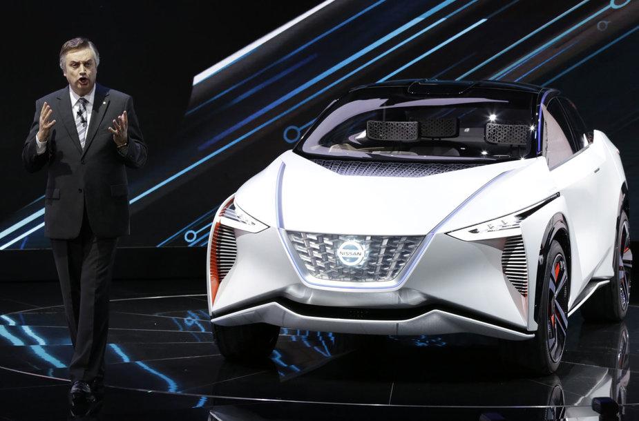 """""""Nissan"""" pristatė elektrinio visureigio """"IMx"""" viziją"""