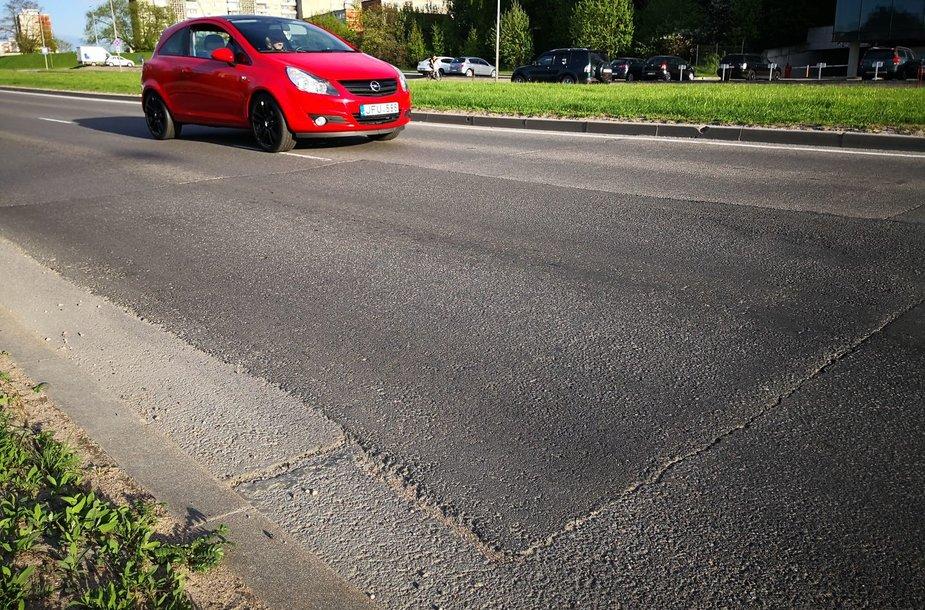 Pilaitės prospekto asfalto danga
