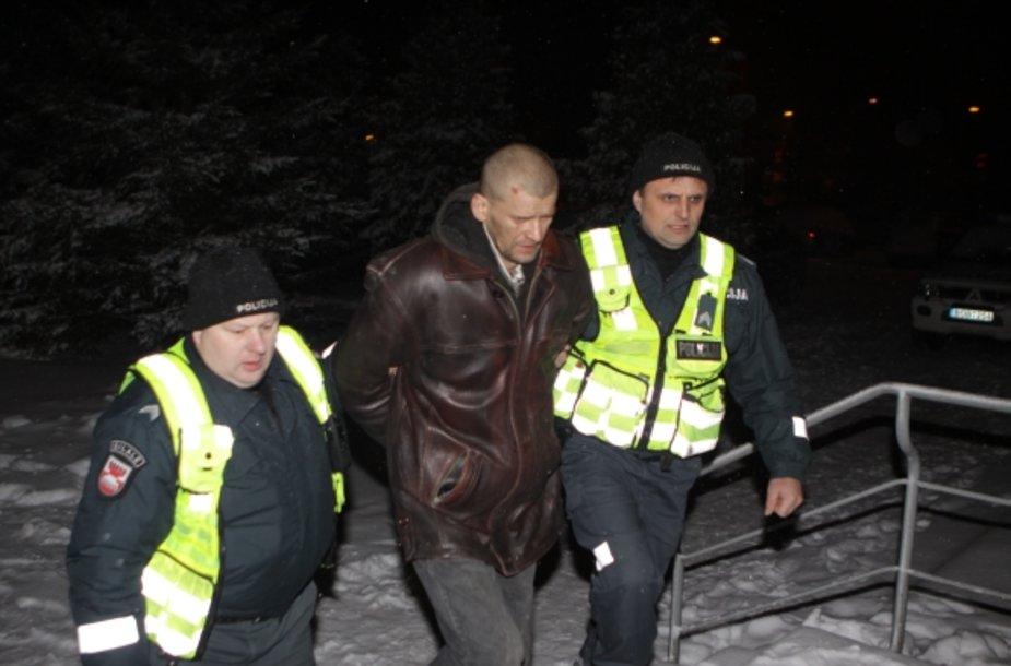 Pirmadienio vakarą sulaikytas įtariamasis Rolandas Jovaišas