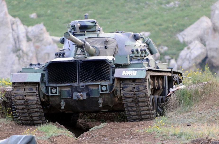 Turkijos tankas kurdų gyvenamoje teritorijoje šalies pietryčiuose