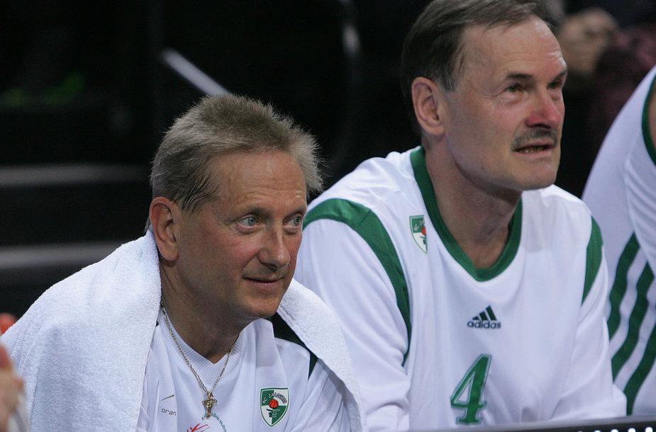 """Kauno """"Žalgirio"""" savininkas Vladimiras Romanovas (kairėje) viešai prabilo, kad klubas skolingas žaidėjams."""