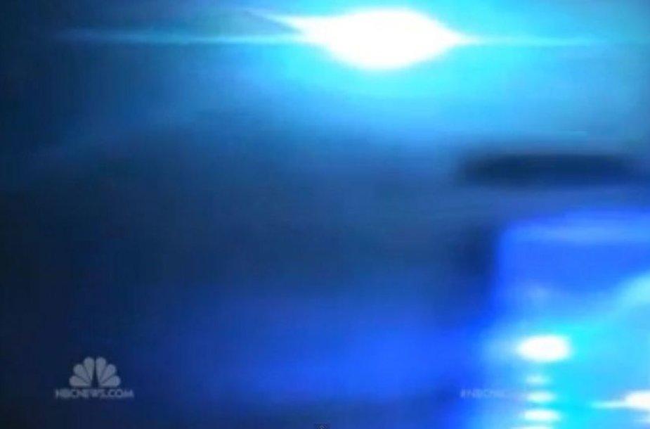 Danguje virš Alabamos sprogo meteoras.