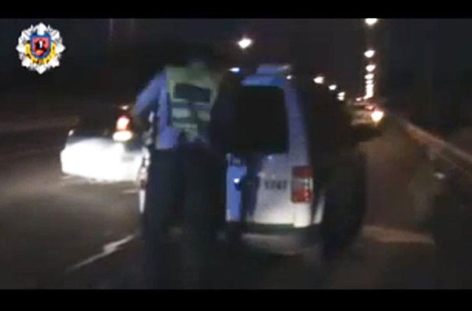 Policija bėglį sulaikė