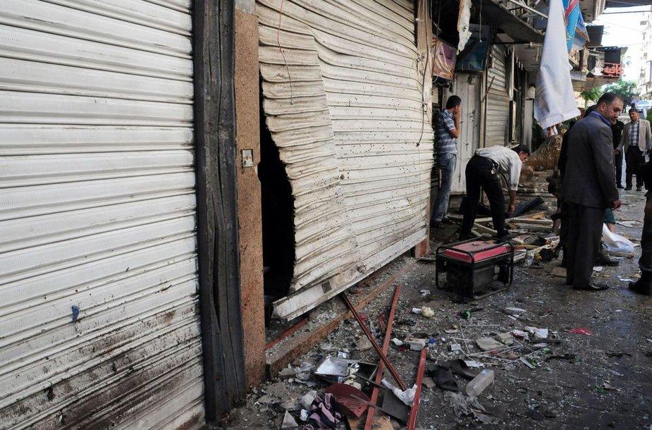 Damasko centre per dvigubą sprogdinimą žuvo 14 žmonių.
