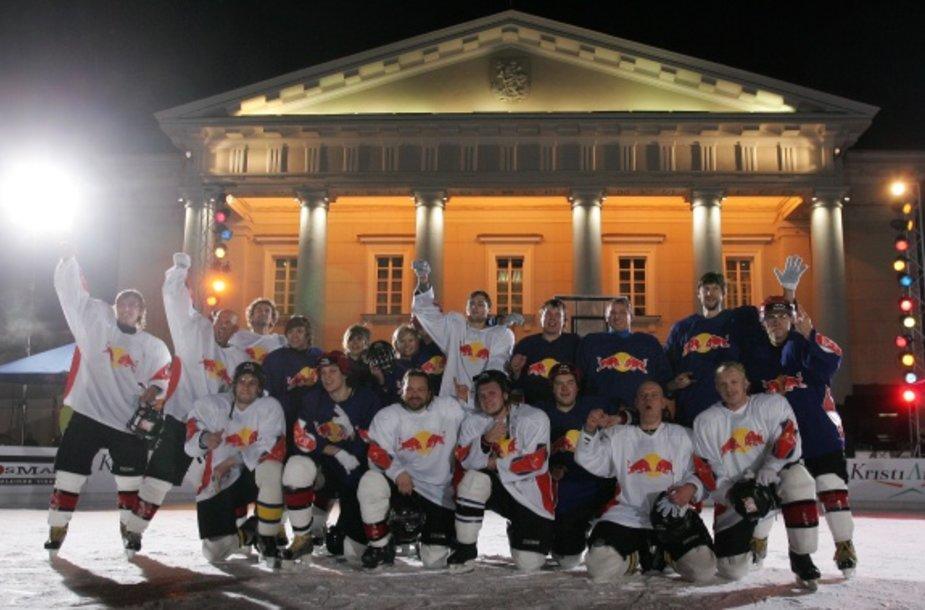 Lietuvoje, o taip pat ir pasaulyje, atrasta nauja sporto šaka – krepšinis ant ledo.