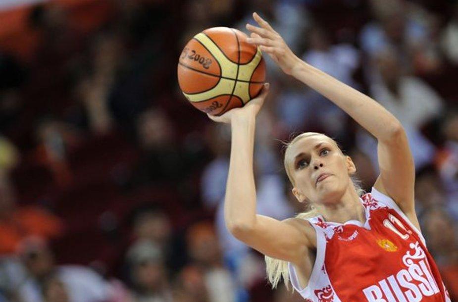 M.Stepanova geriausia Europoje krepšininke tampa jau trečią kartą