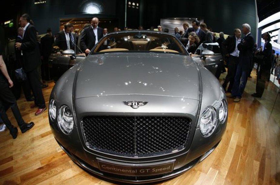 "Prabangus ""Bentley"" automobilis"